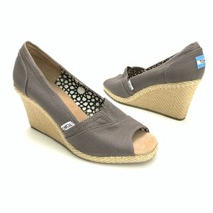 Toms | Wedge Peep Toe Taupe Heels Size 8M